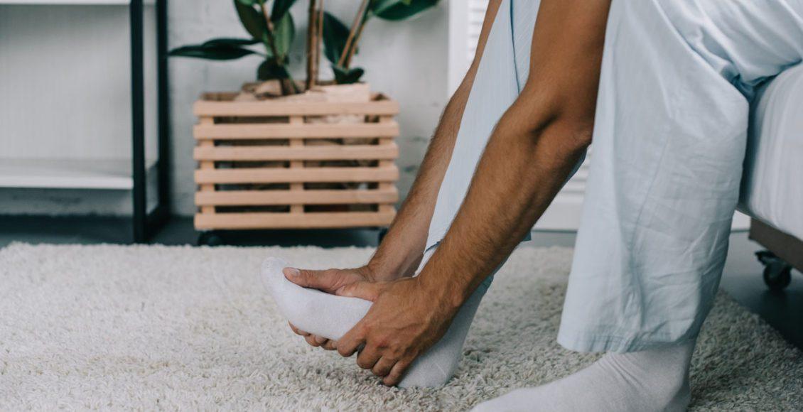 11860 Vista Del Sol, Ste. 128 Fascia plantar inflamada, dolor de pie / talón y quiropráctica